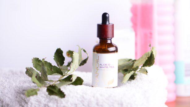 Il più venduto Nanoil Aloe & White Tea Face Serum: Recensioni & Effetti